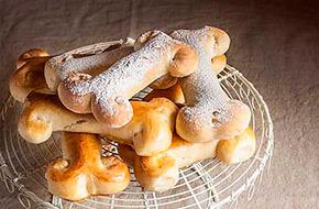 Huesos de pan para Halloween
