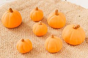 Cómo hacer calabacitas de fondant para Halloween. Sorteo