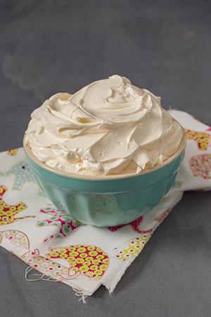 como-hacer-buttercream-de-merengue-suizo-300