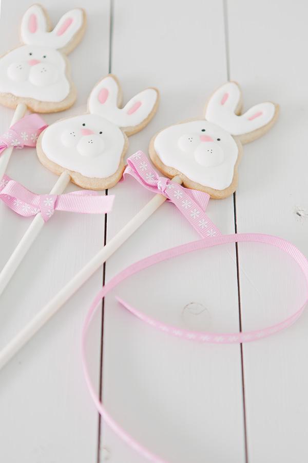 Galletas decoradas con glasa para Pascua