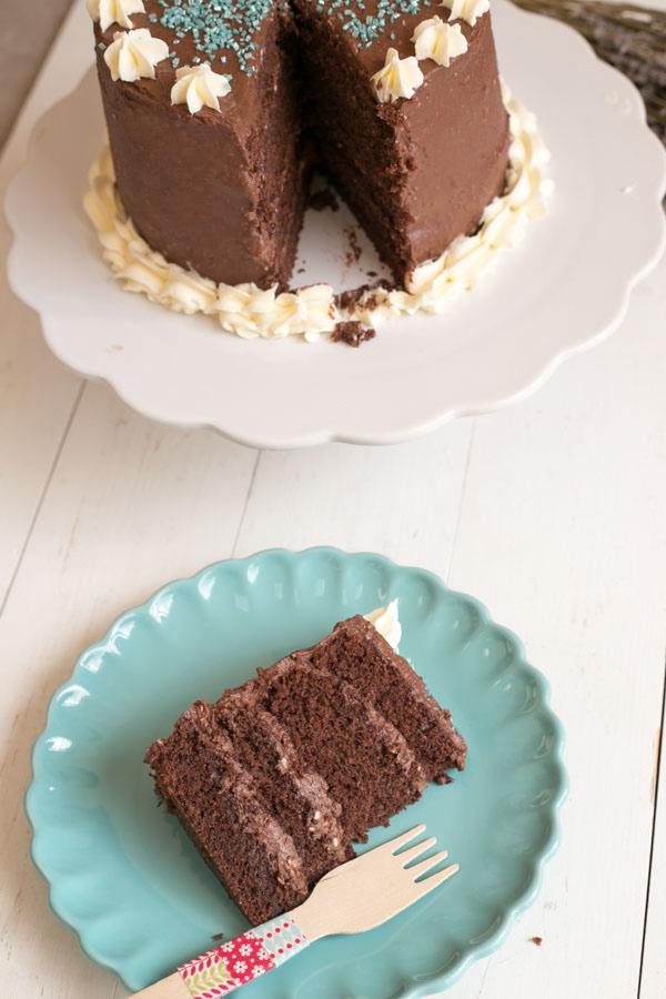 corte-layer-cake-choco