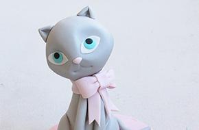 Cómo modelar un gatito paso a paso con fondant y pasta de goma