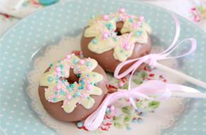Cómo hacer cake pops con forma de donuts