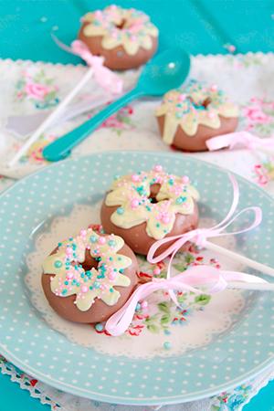cakepops-donuts-300