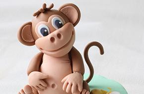 Cómo modelar un mono con fondant y pasta de goma
