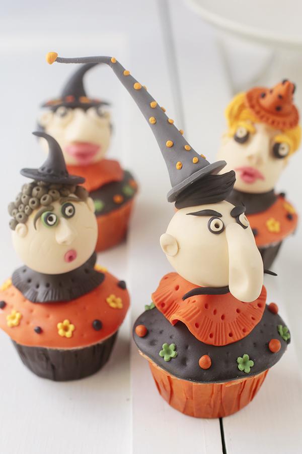 cupcakes con cabezas de brujos