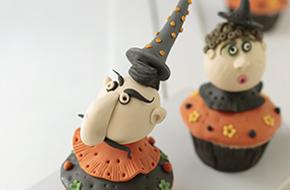 Cupcakes cabezas de brujos para Halloween