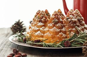 Receta de bundt cake de ron y frutas confitadas para Navidad