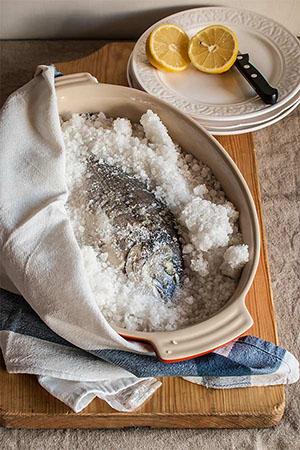 como-hacer-pescado-a-la-sal-009