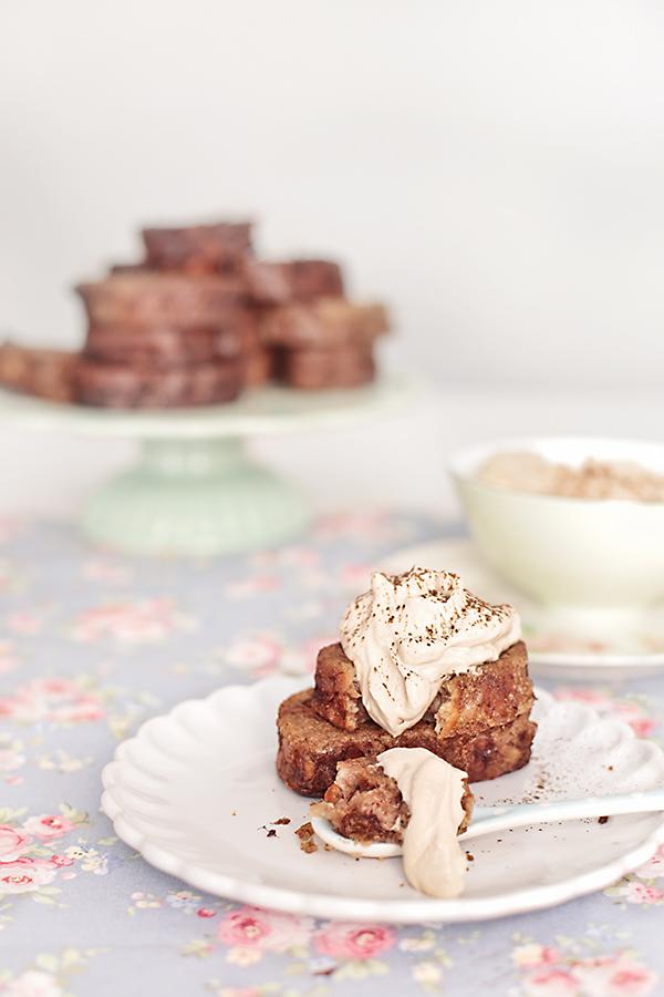 torrijas de cafe con chatillí de moca