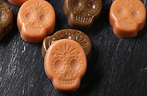 Caramelos y bombones calavera para Halloween