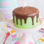 Vídeo-receta: Layer cake de chocolate y menta