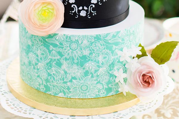 Como-forrar-tarta-con-papel-de-azucar