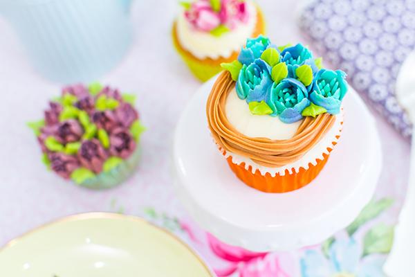 decorar-cupcakes-con-boqullas-rusas-4