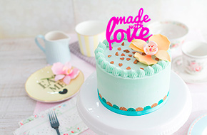 "Vídeo-receta: Tarta de vainilla ""Made with Love"""