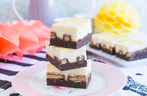 Vídeo-receta: Kit Kat brownie cheesecake