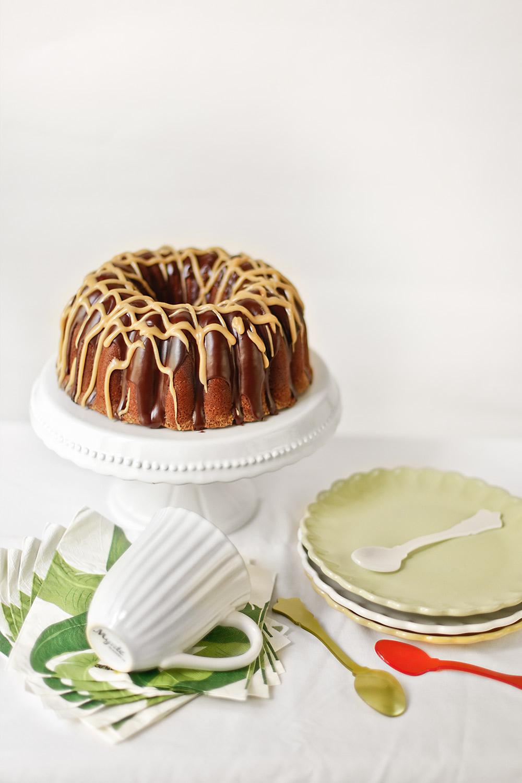 Receta de bundt cake de chocolate y mantequilla de cacahuete