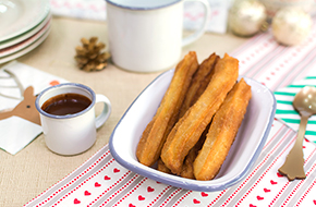 Vídeo-receta en un minuto: Churros con chocolate