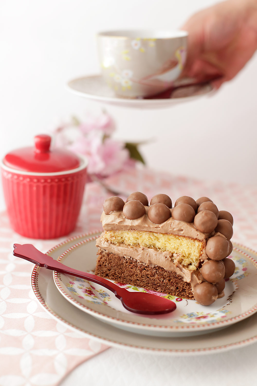 Receta de tarta doble chocolate con Maltesers 2