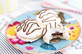 Vídeo-receta en un minuto: Merengues rellenos de Nutella