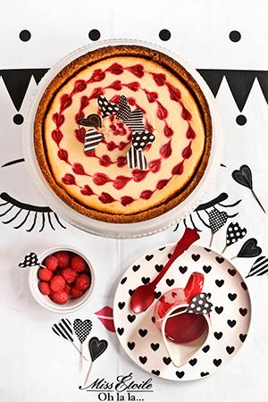 receta-cheesecake-chocolate-blanco-frambuesas-san-valentin-300