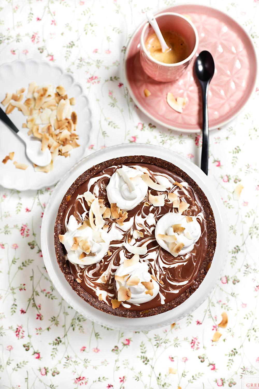 Tarta vegana de chocolate y coco