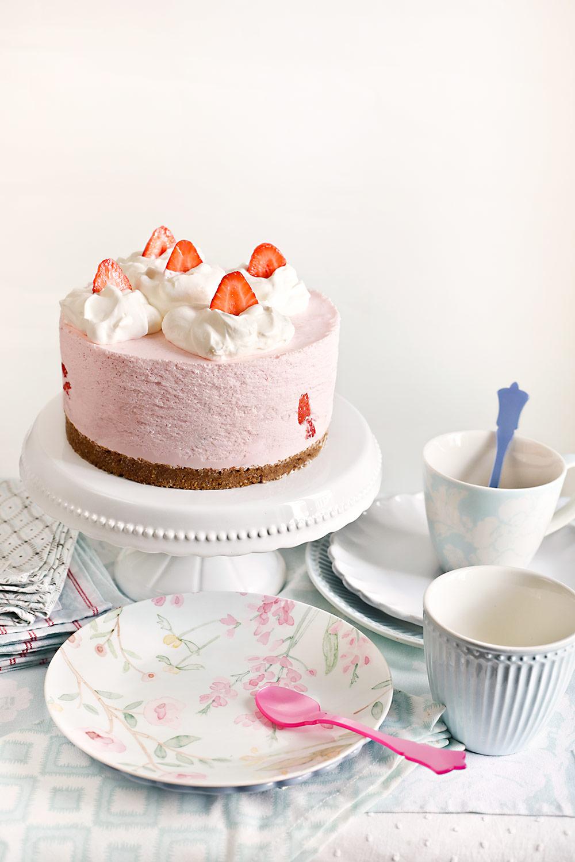 Receta tarta de fresas y nata