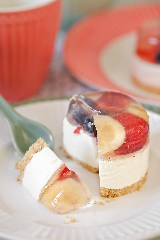 Receta mini tartas de queso con gelatina de frutas